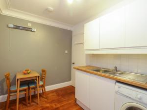 A kitchen or kitchenette at Fernoch, Portsonachan