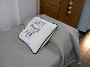 Posteľ alebo postele v izbe v ubytovaní Departamento temporario