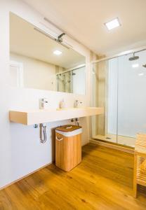 A bathroom at Rueda Lopez - Espléndido Apartamento de Lujo