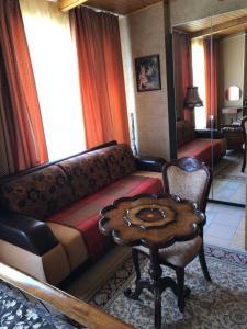 Гостиная зона в Апартаменты Шале
