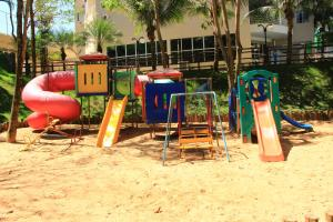 Children's play area at Apto 129 para 6 pessoas Thermas Paradise