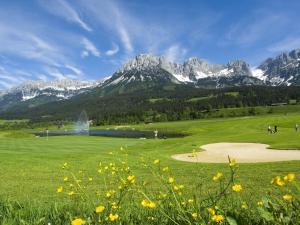 Golfe na casa de temporada ou nos arredores