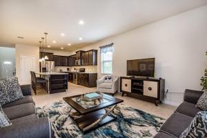 A seating area at Windsor at Westside Exec Villas- 2174TC
