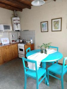 Una cocina o kitchenette en Alójate Accommodation D4