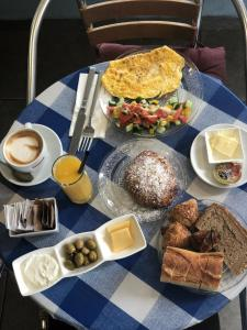 Breakfast options available to guests at K Suites TLV By The Beach