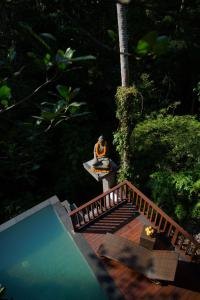 A view of the pool at Harum Sari Ubud Private Villa or nearby