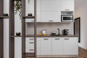 A kitchen or kitchenette at Rajska 3 by Atrium Apartments