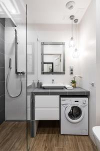 A bathroom at Rajska 3 by Atrium Apartments