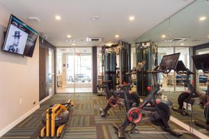 The fitness center and/or fitness facilities at SD Sunny Studio Sleeps 4