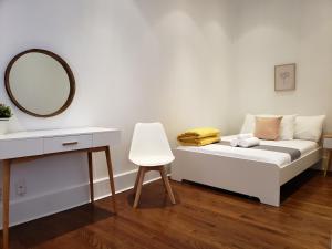 Кровать или кровати в номере Broadway Suite NY - Family Two Bedroom