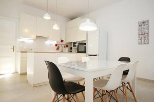 Kuchyňa alebo kuchynka v ubytovaní Idealis