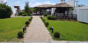 Jardín al aire libre en Ingleses Sea Shore
