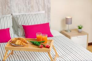 Breakfast options available to guests at Villa Vista Mar