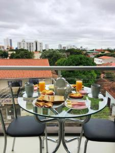 Breakfast options available to guests at Pacifico Apart Hotel
