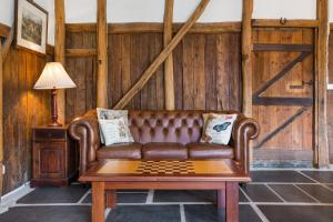 A seating area at Taradale House Estate