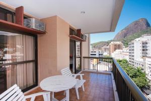 A balcony or terrace at Mc Flats The Claridge