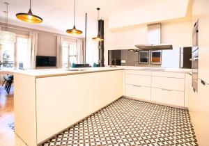 Küche/Küchenzeile in der Unterkunft Apartamento premium de 3 habitaciones junto al Retiro