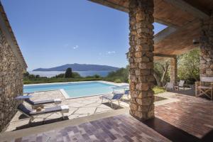 Piscina di Ansedonia Perfect Villa o nelle vicinanze