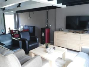 A seating area at Vakantiehuis Luna Zuid Limburg
