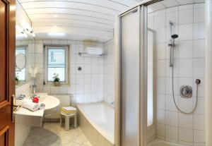 Ein Badezimmer in der Unterkunft Domizil Zillertal