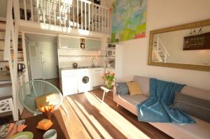 A seating area at Port-Grimaud Romantique (newly renovated)