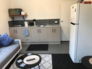 Kuchyň nebo kuchyňský kout v ubytování Peaceful Rural Retreat