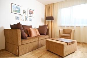 A seating area at Apart Hotel Legendär