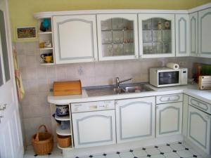 Küche/Küchenzeile in der Unterkunft Villa - Sonnenberg