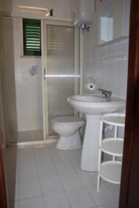 Ванная комната в Baia di Zambrone