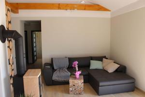 Ein Sitzbereich in der Unterkunft Lifestyle Ferienhaus