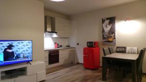 TV o dispositivi per l'intrattenimento presso Via Privata Tirso 6 Appartamento