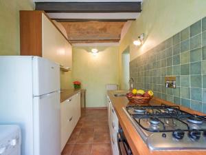Cucina o angolo cottura di Locazione turistica Podere La Madonnina.3