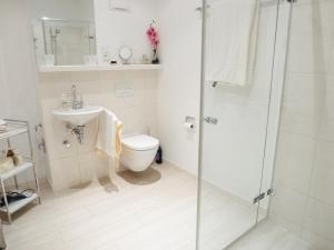 A bathroom at Apartment Fontavia