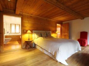 Ein Bett oder Betten in einem Zimmer der Unterkunft Apartment Les Herbelands