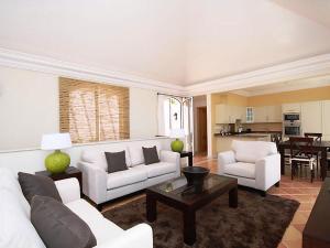 Zona de estar de Apartment Village 3 bed sea view