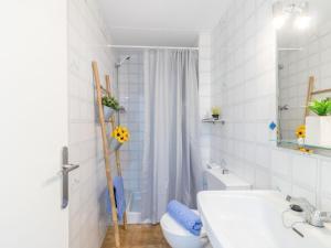 A bathroom at Apartment Porto Fino