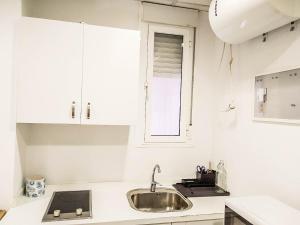 Dapur atau dapur kecil di Estudio Calle Murillo