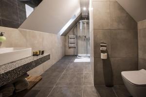 A bathroom at Gościniec Kuźnice