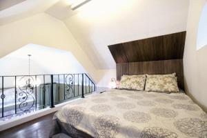Ліжко або ліжка в номері Pocheon Moon light Garden Pension