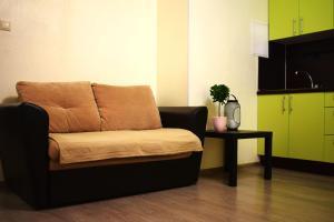 A seating area at Ваша Зона Комфорта у ТРЦ Красный Кит #0160