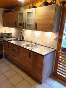 Küche/Küchenzeile in der Unterkunft Mountain apartment Uskovnica