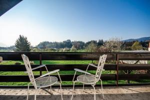 A balcony or terrace at Deerwood-Whole Villa relax with castle view