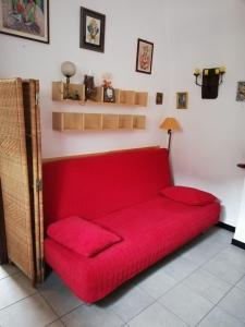 Ein Sitzbereich in der Unterkunft Fattore 8