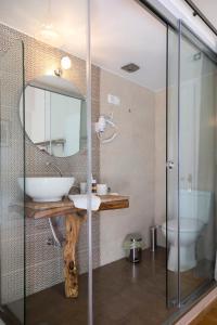 Ένα μπάνιο στο Kalamata Art Hotel
