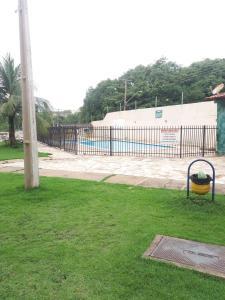 A garden outside Fran Apê bem localizado