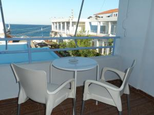 A balcony or terrace at Seafront Studios and Apartments