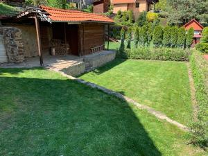 A garden outside Chata Miška
