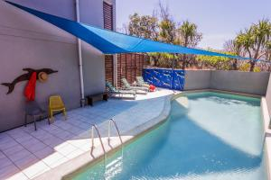 A piscina em ou perto de Loka Santi