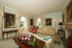 A seating area at Glamis House