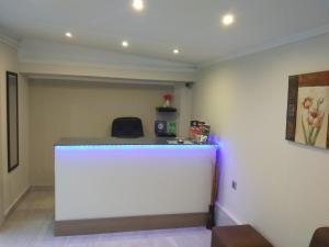 The lobby or reception area at Sole e Mare Apartments